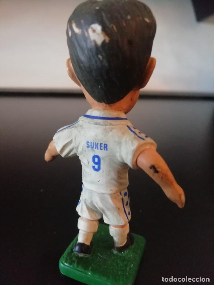 Figuras de Goma y PVC: Figura SUKER BANDAI 1997 Real Madrid - Foto 4 - 153943906