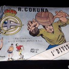 Figuras de Goma y PVC: SOBRE PEGASIN R.C.D. CORUÑA DEPOR, FÚTBOL, TIPO MONTAPLEX, NUNCA ABIERTO, AÑOS 60.. Lote 154651194