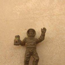 Figuras de Goma y PVC: FIGURA ASTRONAUTA CAMY JET - TIPO DUNKIN -. Lote 154669062