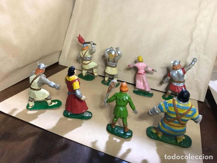Figuras de Goma y PVC: Conjunto de 8 figuras del Capitán Trueno - Marca JIN - Años 50-60 - Foto 7 - 154703650