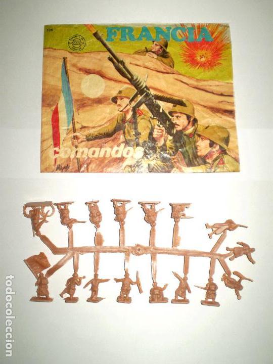 MONTAPLEX SOBRE Nª 106 FRANCIA COMBATIENTES VACÍO + 1 COLADA DE SOLDADOS FRANCESES (Juguetes - Figuras de Goma y Pvc - Montaplex)