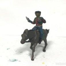 Figuras de Goma y PVC: FIGURA VAQUERO AÑOS 50 GOMA PECH HERMANOS LADRON COWBOY OESTE HERMANOS PECH. Lote 154875254