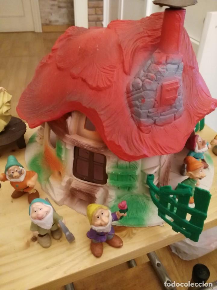Figuras de Goma y PVC: Casa o casita Blancanieves y los enanitos. Bully. Gran tamaño - Foto 3 - 155007610