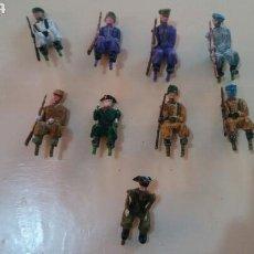 Figuras de Goma y PVC: JEEP SOTORRES. 9 SOLDADOS DESFILE.. Lote 155301570