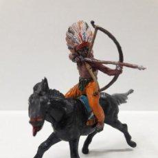 Figuras de Goma y PVC: GUERRERO INDIO A CABALLO . REALIZADO POR TEIXIDO . AÑOS 50 EN GOMA. Lote 155330890