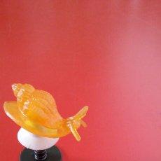 Figuras de Goma y PVC: PULGA SALTARINA CARACOLA AMARILLA.HONG KONG 70S.NUEVA.. Lote 155350576