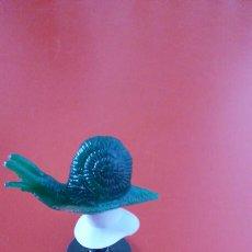 Figuras de Goma y PVC: PULGA SALTARINA CARACOL VERDE.HONG KONG 70S.NUEVA.. Lote 155350678