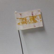 Figuras de Goma y PVC: BANDERA ESPAÑOLA . REALIZADA POR PECH . AÑOS 60. Lote 155392458
