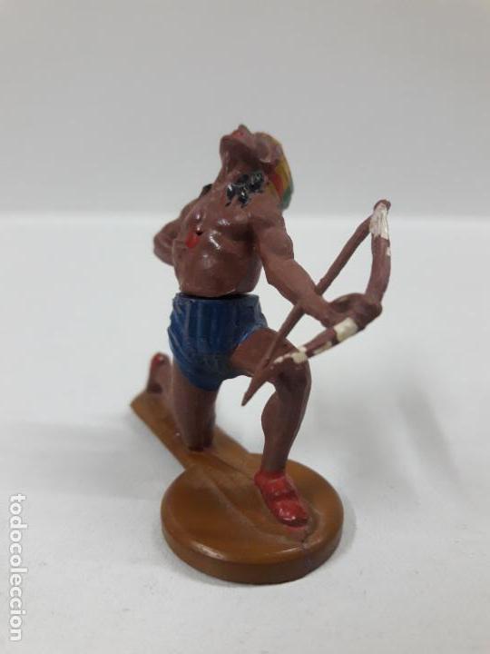 Figuras de Goma y PVC: GUERRERO INDIO HERIDO CON ARCO . REALIZADO POR GAMA . AÑOS 50 - Foto 3 - 155400358