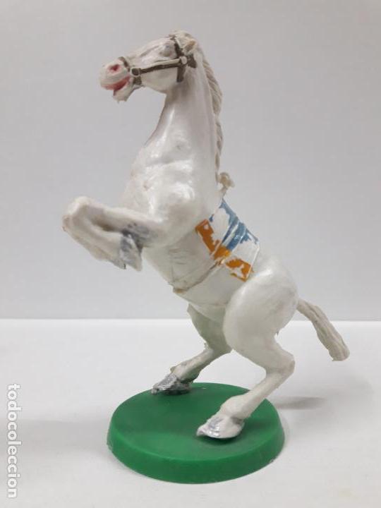 Figuras de Goma y PVC: CABALLO CON BASE . REALIZADO POR ESTEREOPLAST . AÑOS 50 / 60 - Foto 2 - 155489914