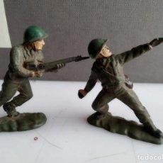Figuras de Goma y PVC: ANTIGUA FIGURA DE PLASTICO O GOMA JECSAN O ALGUNA DE LA EPOCA REAMSA SOLDADOS GOMA. Lote 155585750