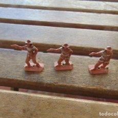 Figuras de Goma y PVC: LOTE DE 3 INDIOS A PIE MINI OESTE DE COMANSI . Lote 155661962