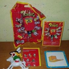 Figuras de Goma y PVC: LIQUIDACIÓN FIGURA PVC RABBIDS INVADEN LOS DEPORTES RABBID HÍPICA CON CABALLO UBISOFT. Lote 155726286