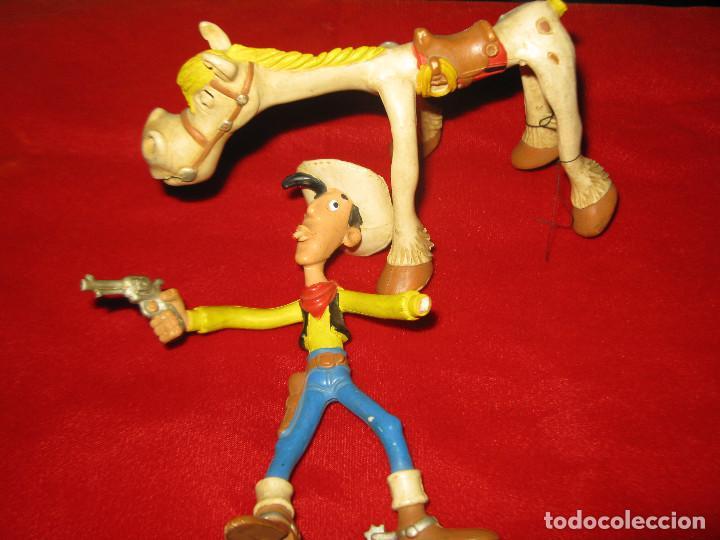 LUCKY LUKE Y JOLLY JUMPER - COMICS SPAIN - FIGURAS ARTICULABLES FALTA UNA MANO Y COLA AL CABALLO (Juguetes - Figuras de Goma y Pvc - Comics Spain)