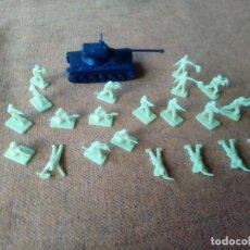 Figuras de Goma y PVC: SOLDADOS MONTAPLEX. Lote 155791682