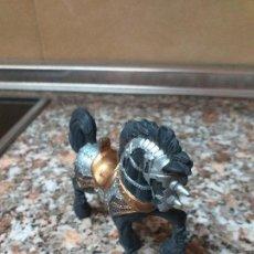 Figuras de Goma y PVC: CABALLO CHAP MEI. Lote 155868466