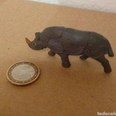 Figuras de Goma y PVC: RINOCERONTE DE GOMA. Lote 156569406