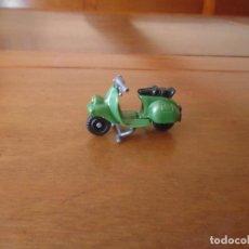 Figuras Kinder: FIGURA KINDER DE MOTO VESPA. Lote 156569982