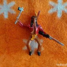 Figuras de Goma y PVC: 1 FIGURA COMANSI.JINETE INDIO CON RIFLE Y HACHA NUEVA. Lote 156605718