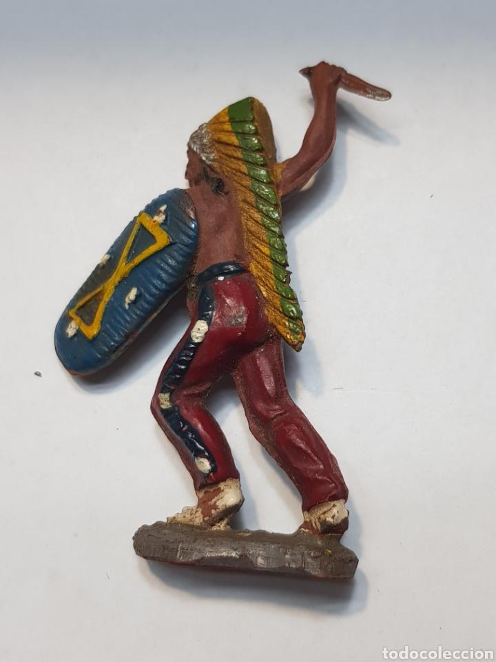 FIGURA JEFE INDIO CON ESCUDO GOMA PECH PRIMERA SERIE 1955 (Juguetes - Figuras de Goma y Pvc - Lafredo)