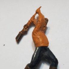 Figuras de Goma y PVC: FIGURA VAQUERO GOMA ARTICULADO GAMA. Lote 157853332