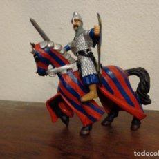 Figuras de Goma y PVC: FIGURA GUERRERO 1998 + CABALLO 2000 - PAPO - LA ERA MEDIEVAL - . Lote 158276714