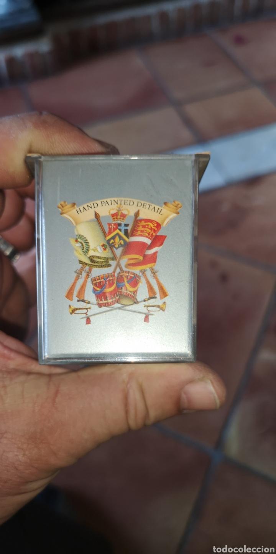 Figuras de Goma y PVC: Soldado de la guardia del Palacio de Buckingham de marca BRITANS collection pintado a mano - Foto 5 - 158284916