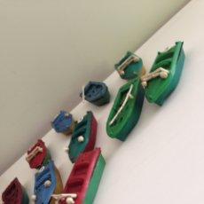 Figuras de Goma y PVC: LOTE DE 10 BOTES ANTIGUOS AÑOS 70. Lote 158565164