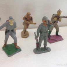 Figuras de Goma y PVC: ANTIGUAS FIGURAS DE GUERRA PINTADAS A MANO DE LOS AÑOS 60. Lote 158597790
