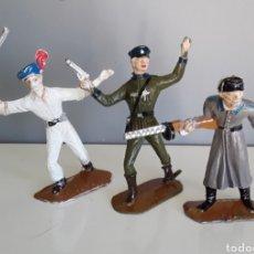 Figuras de Goma y PVC: SOLDADOS, EJÉRCITOS DEL MUNDO DE COMANSI, 1.ª ÉPOCA AÑOS 60 RUSO/SOVIÉTICO, INDIO Y OFICIAL ALEMÁN. Lote 159227882