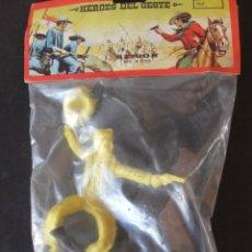 Figuras de Goma y PVC: HEROES DEL OESTE REIGON FIGURAS DE GRAN TAMAÑO AÑOS 80. Lote 159357842