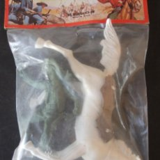 Figuras de Goma y PVC: HEROES DEL OESTE REIGON FIGURAS DE GRAN TAMAÑO AÑOS 80. Lote 159358186