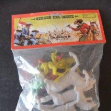 Figuras de Goma y PVC: HEROES DEL OESTE REIGON BOLSA DE FIGURAS AÑOS 80. Lote 159359806