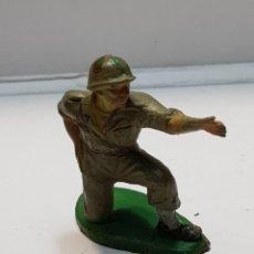 Figuras de Goma y PVC: FIGURA MILITAR PECH GOMA RARO. Lote 159578594