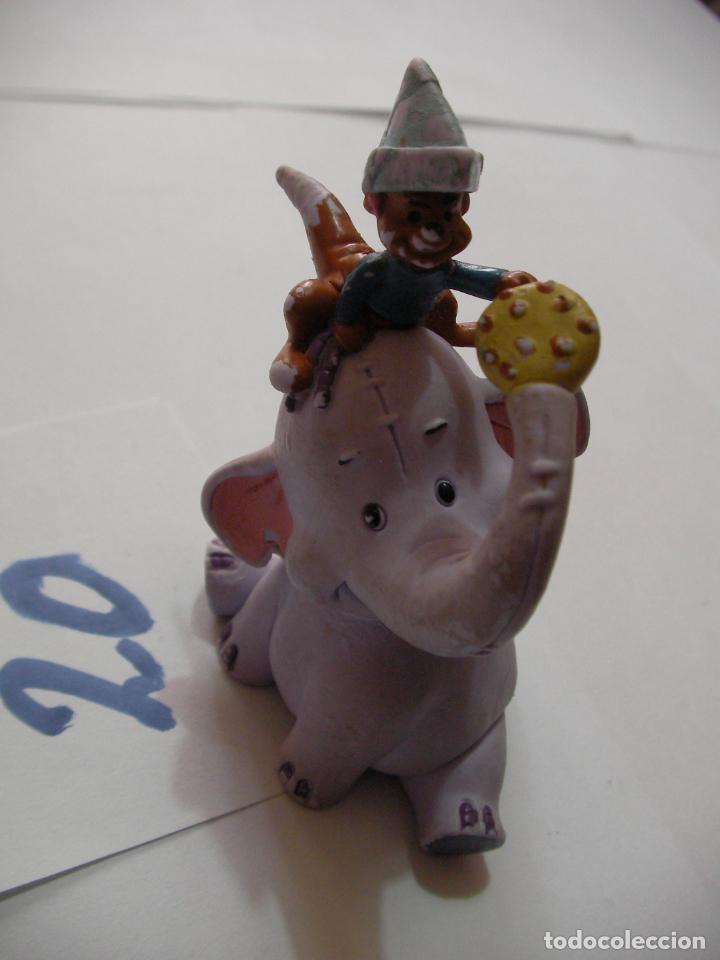 Figuras de Goma y PVC: FIGURA DE GOMA O PVC DIBUJOS ANIMADOS DUMBO - Foto 2 - 159635358