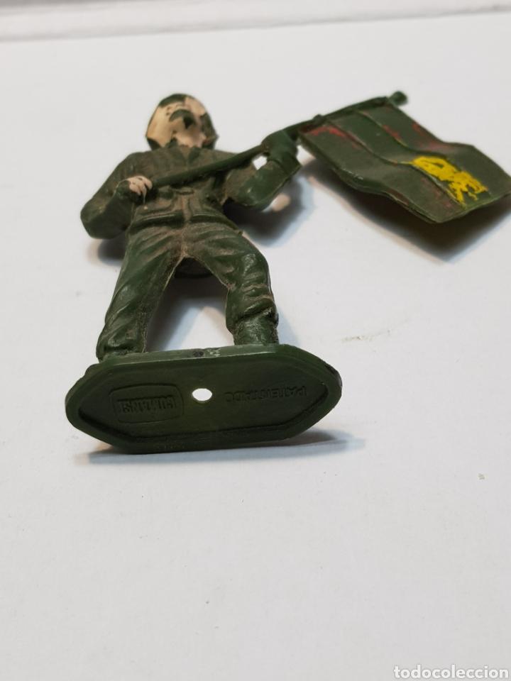 Figuras de Goma y PVC: Figura Comansi Soldado Español con Bandera - Foto 4 - 159665833