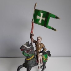 Figuras de Goma y PVC: CRUZADO ABANDERADO, GUERREROS MEDIEVALES DE REAMSA AÑOS 50, FIGURA DE GOMA NÚMERO 126. Lote 159709317
