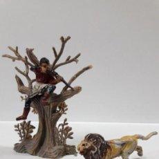 Figuras de Goma y PVC: CAZADOR . REALIZADO POR PECH . SERIE SAFARI . AÑOS 50 EN GOMA . ARBOL Y LEON NO INCLUIDOS. Lote 159735034