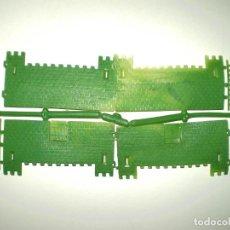 Figuras de Goma y PVC: MONTAPLEX - COLADA DEL CASTILLO MEDIEVAL DEL SOBRE NÚMERO Nº 123 - VERDE CON AGUAS TRANSPARENTES. Lote 159738478