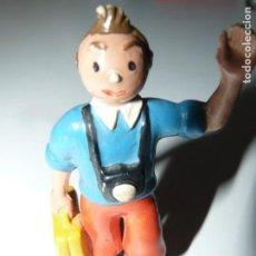 Figuras de Goma y PVC: TINTIN FIGURA DE GOMA O PVC ALTURA 7,5 CM. Lote 159954942