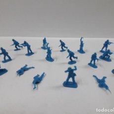 Figuras de Goma y PVC: LOTE DE SOLDADITOS MONTAPLEX . AÑOS 70 / 80. Lote 160017586