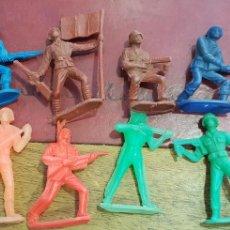 Figuras de Goma y PVC: LOTE 8 FIGURAS SOLDADOS DEL MUNDO COMANSI. Lote 160105889