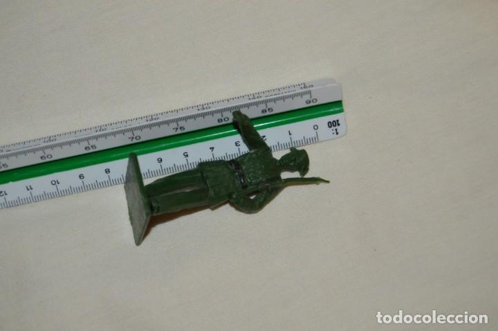 Figuras de Goma y PVC: ANTIGUO - VINTAGE - LOTE DE 9 FIGURAS DE GUARDIAS CIVILES DESFILANDO - REAMSA GOMARSA - ¡Mira! - Foto 12 - 160178166