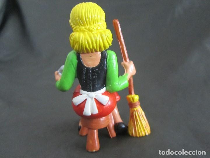 Figuras de Goma y PVC: PEDIDO MINIMO 5€ CENICIENTA COMICS SPAIN 85 WALT DISNEY PRODS EXCELENTE ESTADO - Foto 3 - 160469158
