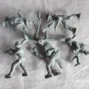 Figuras de Goma y PVC: MONTAPLEX- COLADA DE INDIOS Y VAQUEROS FABRICADOS POR EJUSA- AÑOS 70 COLOR GRIS. Lote 160581882