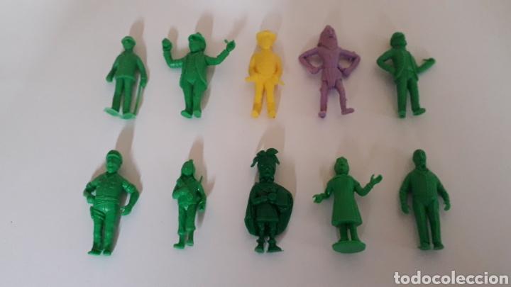 LOTE 10 FIGURAS SERIE TINTIN HERGÉ, PLÁSTICO, DUNKIN TITO STENVAL LOMBARD, ORIGINALES. (Juguetes - Figuras de Goma y Pvc - Dunkin)