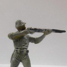 Figuras de Goma y PVC: SOLDADO JAPONES . REALIZADO POR PECH . AÑOS 60. Lote 160698422