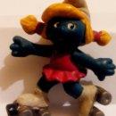 Figuras de Goma y PVC: FIGURA PITUFO PITUFINA PATINADORA. Lote 160827306
