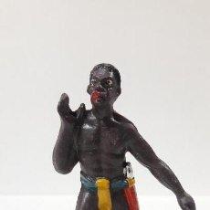 Figuras de Goma y PVC: PORTEADOR AFRICANO . REALIZADO POR MARIANO SOTORRES . AÑOS 60. Lote 160868378