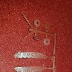 Figuras de Goma y PVC: TANQUE MONTAPLEX. Lote 161160361